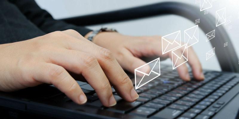 Utiliser une adresse mail privée pour sa collectivité, une mauvaise pratique risquée
