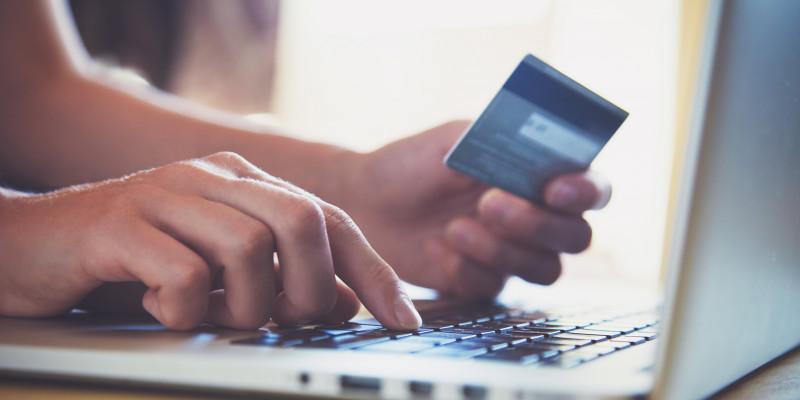 Paiement des factures en ligne, au bureau de tabac, nouvelles réglementations : qui est concerné ?
